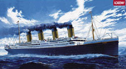 Academy Models Rms Titanic 1:400, LIST PRICE $89