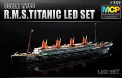 Academy Models RMS TITANIC 1:700 W/ LEDS, LIST PRICE $43
