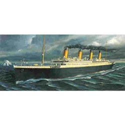 Academy Models RMS TITANIC 1:720             , LIST PRICE $20