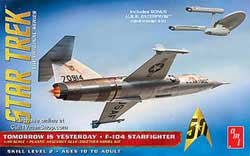 AMT STAR TREK F-104 STARFIGHTER 1:48, LIST PRICE $29.98