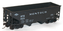 Accurail HO KIT Offset-side Twin Hopper, Montour, LIST PRICE $16.98