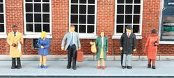 Bachmann HO MINIATURE Figs Standing Office Workers, DUE TBA, LIST PRICE $13.5