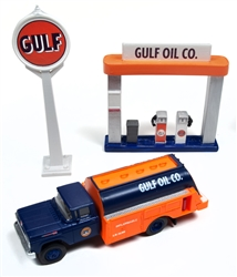Classic Metal 1:87 1960 Ford Tnk Trk w/Statn Sign & Gas Island Gulf Oil  , LIST PRICE $28.75