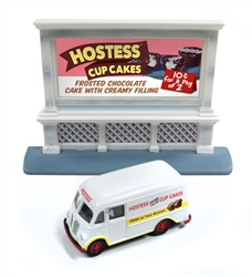 Classic Metal 1:87 1950's IH Metro Van & 1950's Billboard Hostess  , LIST PRICE $29.75