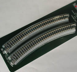 Kato N R348-30D CURVED TRACK-4, LIST PRICE $9