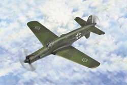 Hobby Boss 1/72 Dornier Do335 Pfeil Heavy Fighter, LIST PRICE $17.99