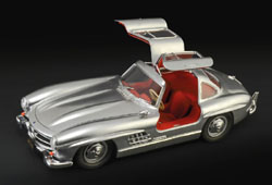 ITALERI 1:16 Mercedes Benz 300SL Gullwing , DUE 5/30/2019, LIST PRICE $91.5