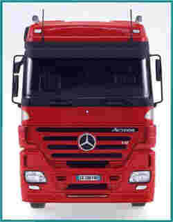 ITALERI MERCEDES ACTROS 1854LS 1:24   , LIST PRICE $83
