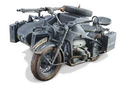 ITALERI 1:9 ZUNDAPP KS 750 WITH SIDECAR, LIST PRICE $106.99