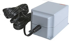 Marklin/TRIX A Switched-Mode Power Supply for Central Station #441-60213-, LIST PRICE $89.99