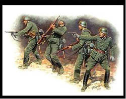 MASTER BOX 1:35 German Infantry In Action, 1941-1942 Eastern, LIST PRICE $13.25