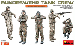 MINI ART MODELS Bundeswehr Tank Crew 1:35, LIST PRICE $15.99
