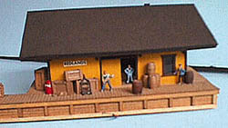 Alpine Division HO 1886 Freight house-orange, LIST PRICE $25.99