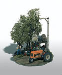 Woodland HO TRACTOR PIT STOP MINI SCENE, LIST PRICE $23.99