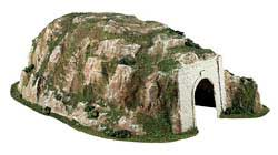 Woodland Scenics HO SCALE STRAIGHT TUNNEL, LIST PRICE $28.99