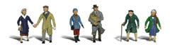 Woodland HO COUPLES IN COATS, LIST PRICE $15.99