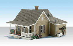 Woodland HO GRANNY'S HOUSE, LIST PRICE $74.99
