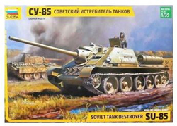 Zvezda Model Kits 1/35 SU85 SELF-PROP TANK , DUE 7/30/2019, LIST PRICE $38.99