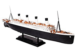 Zvezda Model Kits Rms Titanic 1:700, LIST PRICE $32.99