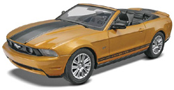 Revell-Monogram 10 MUSTANG CONV Snap 1:25 , LIST PRICE $16