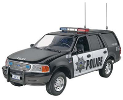 Revell Monogram 1/25 Ford Expedition Police SSV, LIST PRICE $19.95