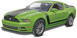 Revell Monogram 1:25 2013 MUSTANG BOSS 302, LIST PRICE $23.95