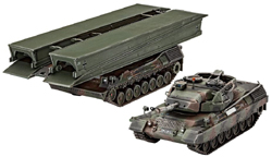 Revell - Germany Leopard 1A5 & Bridgelayer 1:72, LIST PRICE $27.95