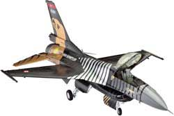 Revell - Germany F-16C Solo Turk 1:72, LIST PRICE $27