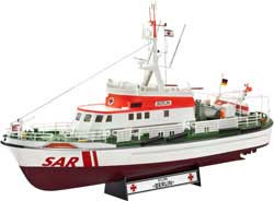 Revell - Germany Dgzrs Berlin 25Yrs 1:72, LIST PRICE $42.95
