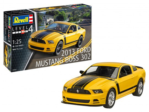 Revell - Germany 2013 Ford Mustang Boss 302 1:25, LIST PRICE $999.99