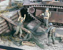 Verlinden US MARINES & JAP P.O.W 1:35 , LIST PRICE $22.66