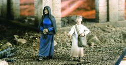 Verlinden ARAB STREET WOMEN & BOY 1:35 , LIST PRICE $12.55