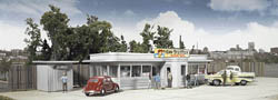 Walthers Cornerstone HO Miss Bettie's Diner, LIST PRICE $39.98