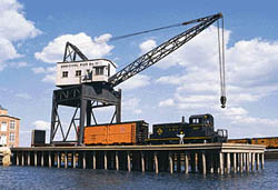 Walthers Cornerstone HO PIER & TRAVELING CRANE, LIST PRICE $74.98