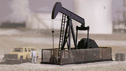Walthers Cornerstone HO OIL PUMP, LIST PRICE $34.98